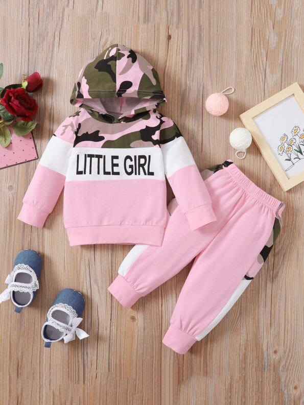 Two Pieces Little Print Camo Girl Tracksuit Set Hoodie And Jogger  Wholesale 9