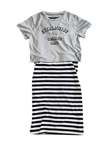 Mom And Me Two Piece Letter Heart Print Tee And Striped Skirt Set 2