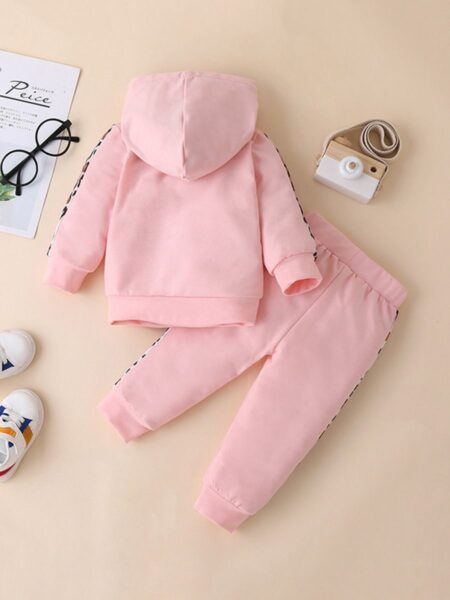 Two Pieces Leopard Print Baby Tollder Girls Sets Hoodies With Trousers Wholesale 2