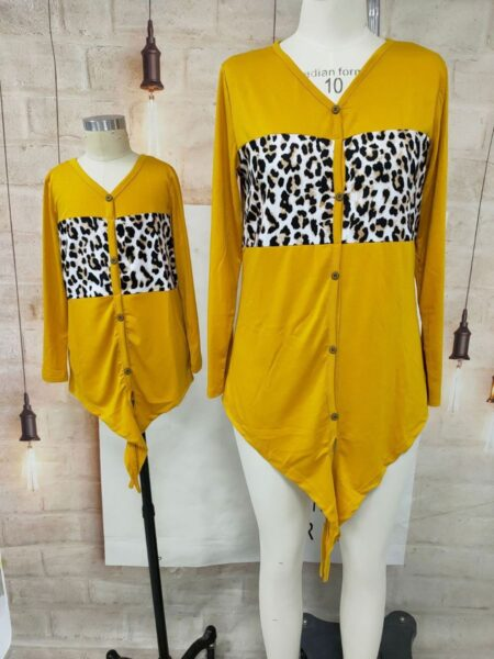 Mother And Daughter Leopard Patched Knotted T-shirt Wholesale Family Matching 2