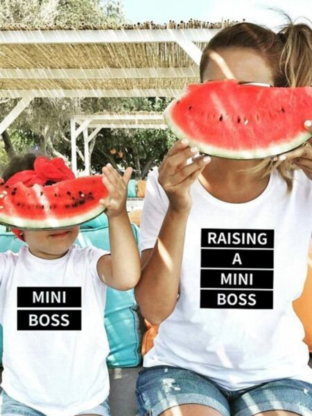 Mommy And Daughter Raising A Mini Boss T-shirt Wholesale Family Matching FAMILY MATCHING 2021-09-08